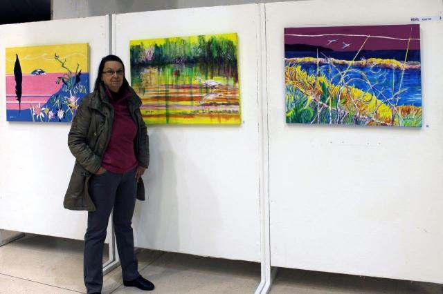 """Arlette Béal présente ses oeuvres au vernissage de""""Talents de femmes 2014 à La Garde-Toulon"""
